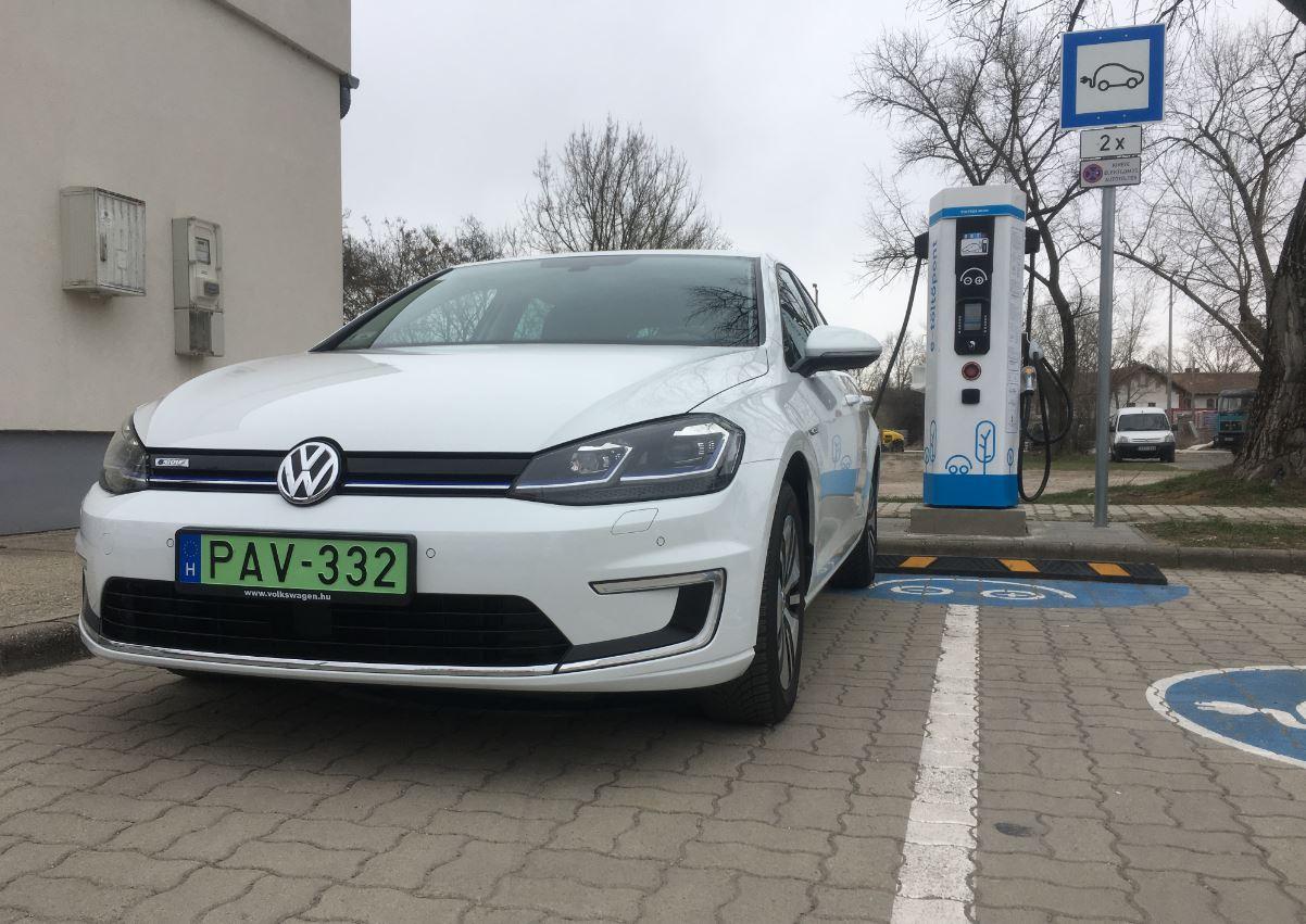Elektromos autózás