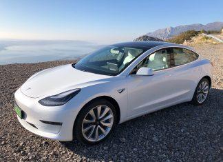 Tesla Model 3 – kiruccanás Horvátországba